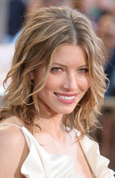 hairstyles-for-thick-wavy-hair-pinterest