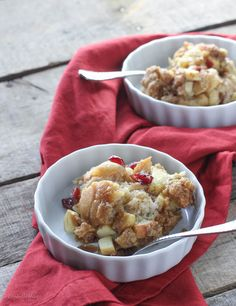 Cranberry Apple Baked French Toast - FoodBabbles.com