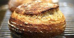 Desde que probé esta técnica para hacer pan estoy fas-ci-na-da. Un pan con todas las características ideales (para mi). Alveolado irregular... Pan Bread, Bread Cake, Bread Baking, Bread Recipes, Cooking Recipes, Paella Recipe, Our Daily Bread, Fermented Foods, Artisan Bread
