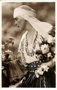 Königin Marie von Rumänien, Queen of Romania in older age