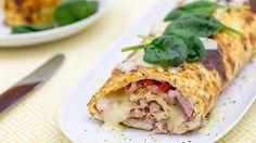 Yksi Makuja.fi-ruokasivuston suosituimmista resepteistä on tämä munakasrulla, joka syntyy käden käänteessä ja kypsyy uunissa. Sandwich Cake, Sandwiches, Fodmap, Easy Meals, Food And Drink, Gluten Free, Mexican, Keto, Baking