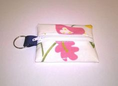 mini coin purse and key ring, cream, floral pattern, fits lip vaseline, new £3.99