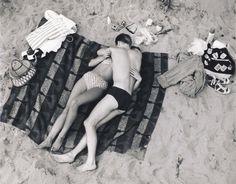 With Valentine's Day just around the corner we thought we would share some of our favorite black and white photos of lovely-looking coupl. Make Love, Love Is All, Saint Tropez, Vintage Love, Vintage Photos, Love Couple, Beach Bum, Beach Towel, Summer Of Love