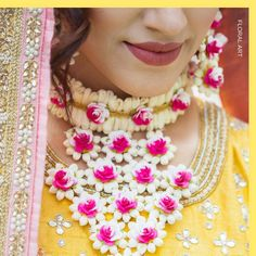Image may contain: 1 person, closeup Flower Jewellery For Haldi, Indian Wedding Jewelry, Flower Jewelry, Bridal Earrings, Bridal Jewelry, Mehndi, Handmade Jewelry Designs, Bridal Flowers, Jewelry Patterns