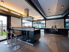Ein Traum in schwarz. Die StilART Küche in unserem Musterhaus in Frechen
