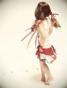 Flowing Flag Tank & meshin around skirt