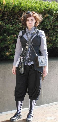 """looks like she woke up this morning and said """"I think I'll do a steampunk today"""". I like that =D"""