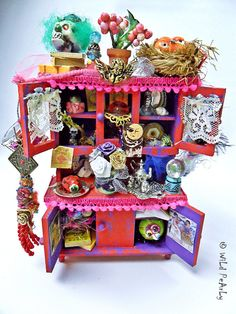 SALE  OOAK Miniature Dollhouse Diorama The House of Colors by  WiLd PeArLy $85