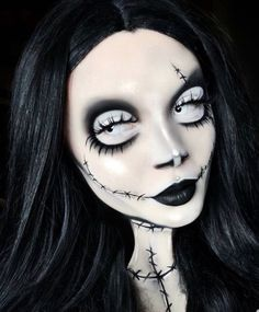 Looking for for inspiration for your Halloween make-up? Browse around this website for creepy Halloween makeup looks. Creepy Halloween Makeup, Halloween Makeup Looks, Halloween Halloween, Creepy Makeup, Sfx Makeup, Makeup Kit, Makeup Products, Jack Skellington Halloween Costume, Facepaint Halloween