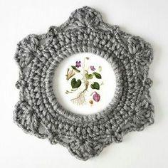❣#frame #çerçeve #handmade #elemeği #crochet #hobi #tasarım #kadın #woman #crossstitch #knitting #örgüçerçeve #instagood #braidedframe #elisi #hobby #instalike #vintage #crocheting #woman #handwork #knitting #elişi #resim #crochet #aile #family #followme #nicepicture http://turkrazzi.com/ipost/1517394446135379939/?code=BUO3jWSDMfj