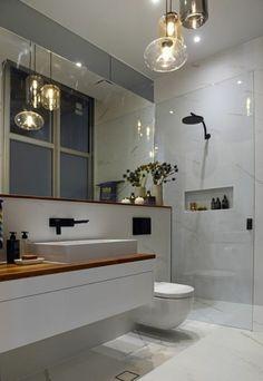 aménagement petite salle de bain 2m2, murs en marbre et sol en marbre blanc