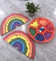 21 Awesome Cardboard Arts and Crafts Ideas for Kids Fun Crafts For Kids, Easy Diy Crafts, Craft Stick Crafts, Toddler Crafts, Crafts To Do, Arts And Crafts, Craft Ideas, Rainbow Activities, Rainbow Crafts