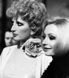 Mina & Raffaella Carrà nel 1974 -   <3
