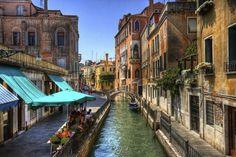Dining Venice Style