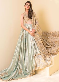 Pakistani Wedding Outfits, Indian Bridal Outfits, Indian Fashion Dresses, Indian Bridal Fashion, Pakistani Bridal Dresses, Wedding Dresses For Girls, Pakistani Clothing, Lehnga Dress, Lehenga Choli