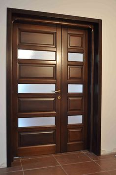 Usa de interior din lemn masiv – U13 « Usi lemn Bacau