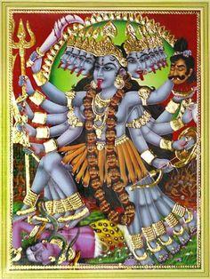 Kali wedle ikonografii preferowała odcinanie głów, a nie duszenie. Kali Shiva, Kali Mata, Shiva Shakti, Lord Shiva, Mother Kali, Divine Mother, Maa Kali Images, Kali Goddess, Krishna Art