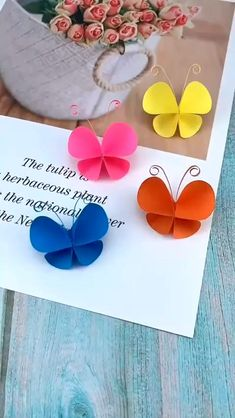 Paper Flowers Craft, Paper Crafts Origami, Paper Crafts For Kids, Preschool Crafts, Paper Butterfly Crafts, Paper Bag Crafts, Book Crafts, Diy Crafts For Kids Easy, Diy Crafts Hacks