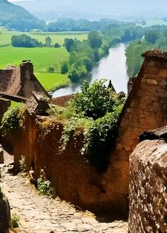 Château de Beynac, Beynac-et-Cazenac, Dordogne, France Places Around The World, Oh The Places You'll Go, Places To Travel, Places To Visit, Around The Worlds, Wonderful Places, Beautiful Places, Beynac Et Cazenac, Belle France