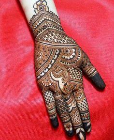 Photo By Amit Mehandi - Mehendi Artist Full Mehndi Designs, Indian Mehndi Designs, Mehndi Designs For Beginners, Mehndi Designs For Girls, Mehndi Design Pictures, Wedding Mehndi Designs, Henna Tattoo Designs, Mehndi Designs Bridal Hands, Mehndi Images