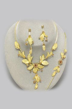 3 Piece Heather Necklace Set in Champagne