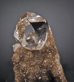 + Quartz v. Herkimer Diamond