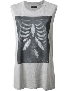 Shop Diesel 'T-Triton-D' T-shirt in Vitkac from the world's best independent boutiques at farfetch.com. Over 1000 designers from 60 boutiques in one website.