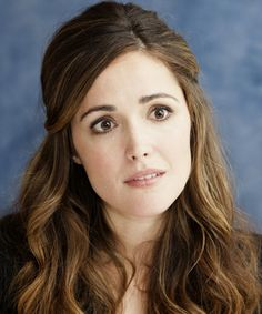 Rose Byrne - Casual Half Up Long Curly Hairstyle