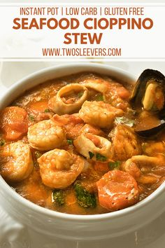 Seafood Cioppino Stew | Instant Pot Seafood Recipes | Pressure Cooker Seafood Recipes | Cioppino Stew |  Seafood Stew Recipes | Seafood Soup Recipes | Two Sleevers | TwoSleevers #seafood #instantpot #instantpotseafood via @twosleevers