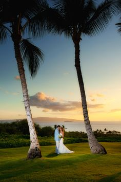Maui Weddings At Gannons...Soooo Want To Do This Photo Shot With Maurice And Myself :)