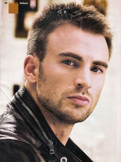 Chris Evans / Captain America / The Avengers Capitan America Chris Evans, Chris Evans Captain America, Capt America, Gorgeous Men, Beautiful People, He's Beautiful, Hello Gorgeous, Bart Styles, Eye Candy