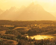 isn't this a gorgeous picture of the tetons? so beautiful there. (this pic is a feature from elle magazine but found on a fave blog of mine)