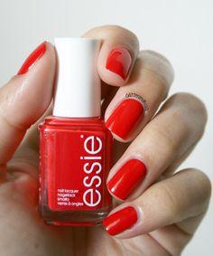 Glitter and Nails: Essie Hip-anema