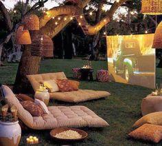 ♥ outdoor movie night ♥ pass the popcorn!