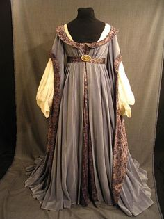 13th century french clothing for women - Google Search