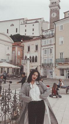 Seulgi, Rv Wallpaper, Velvet Wallpaper, Red Velvet Joy, Red Velvet Irene, K Pop, Sungjae And Joy, Girl Group Pictures, Red Velet