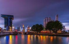 Leuvehaven Rotterdam in het blauwe uur
