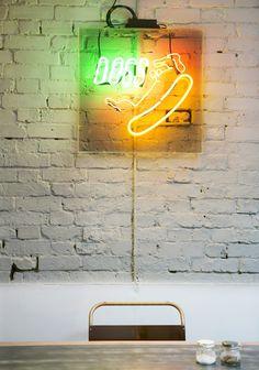 budweiser hooters neon sign