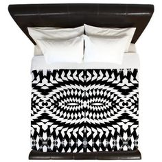 King Duvet Cover  Black And White  Ornaart Design by Ornaart