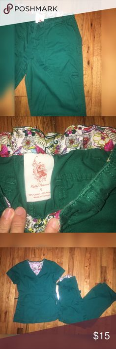 Koi scrub bottoms (s) Size small! Perfect condition Koi scrub pants! Tie string and tons of pockets! Mint condition from a smoke free home Koi Pants