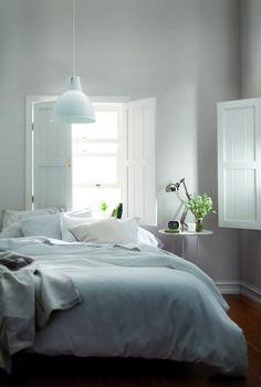 Home Minimalist Bedroom Window 37 Best Ideas Cozy Bedroom, Home Decor Bedroom, White Bedroom, Bedroom Bed, Bed Room, Bedroom Ideas, Bedroom Inspo, Bedroom Inspiration, Interior Inspiration