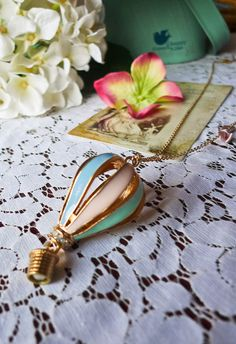 Hot Air Balloon Necklace, reminds me of the Wizard of Oz
