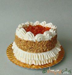Tort egiptean Torte Egyptian Vant Japonez Vanilla Cake, Egyptian, Sweet, Desserts, Food, Cream, Candy, Tailgate Desserts, Deserts