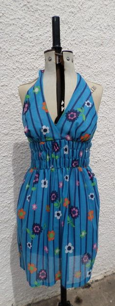 This is a fab and floaty original dress with lining. Vintage Clothing, Vintage Outfits, Contemporary Artists, Summer Dresses, Flowers, Accessories, Clothes, Fashion, Outfits