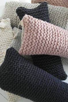 """""""Tyyny WOOLY Fine, ANTRASIT"""" Nice pillow idea, should be easy to make! If only had time...."""