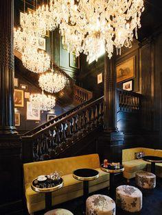 L'hotel Palazzo Dama a Roma: a pochi passi da piazza del Popolo, vanta trenta camere e suite, bar, ristorante e piscina all'aperto