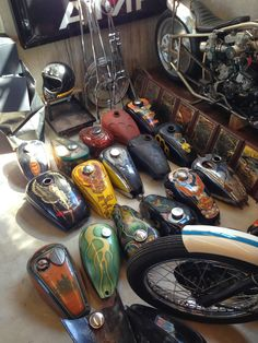 chopper and bobber gas tanks - bikerMetric Motorcycle Workshop, Motorcycle Tank, Old School Motorcycles, Cool Motorcycles, Custom Paint Motorcycle, Custom Tanks, Custom Bikes, Motos Harley Davidson, Harley Bobber