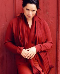 Natalie Merchant. Have you seen her perform live - I highly recommend it. Stunning artist. One of my all time inspiring women.