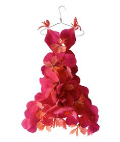 Fashion Designer Creates Horticouture Dresses from Flower Petals and Leaves