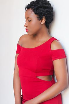 Short wig. Toni Braxton inspired. red dress. cut-out dress. red lips. natural make-up